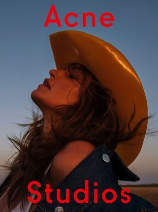 Acne Studios F/W 2018.19 : Cindy Crawford by Sam Abell