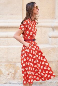A Petite Person's Guide to Shopping While Short: The 20 Best Dresses