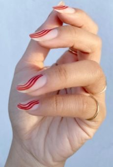 17 Holiday Nail Art Ideas Without a Single Santa in Sight
