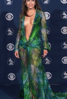 14 Reasons Jennifer Lopez Deserves Fashion Icon Status