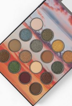 9 of the Most Versatile New Eyeshadow Palettes for Fall