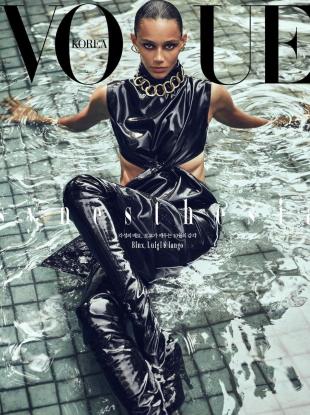 Vogue Korea October 2020 : Binx Walton by Luigi & Iango