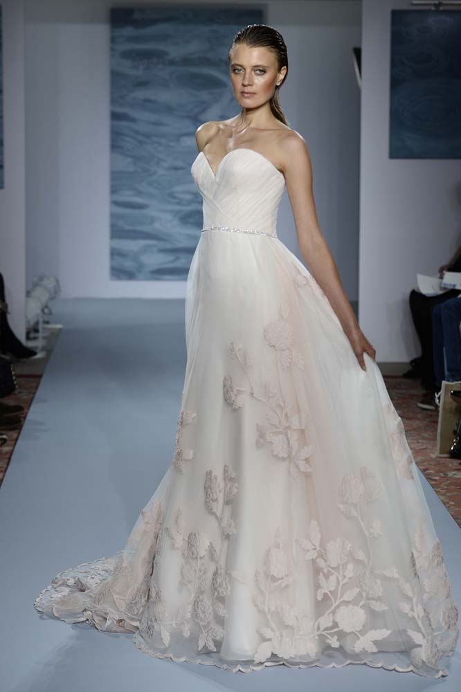 alternative wedding dress 10 alternative wedding dresses thefashionspot 1273
