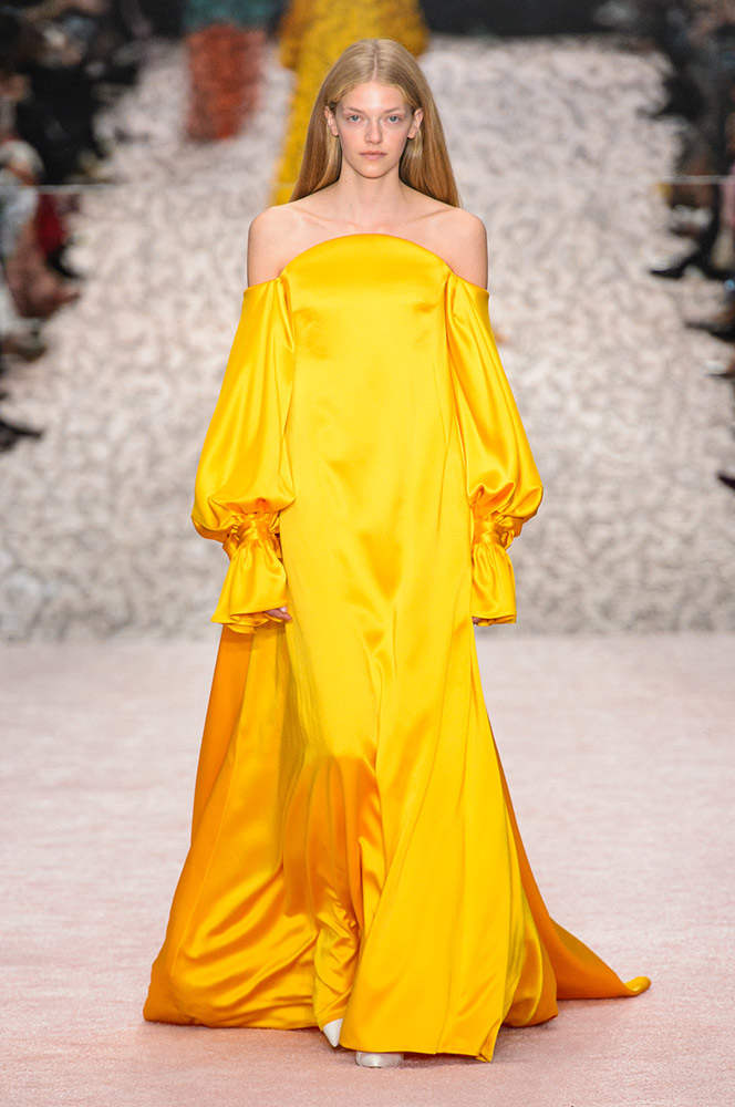 Lilac & Lilies Red Carpet Trend Predictions Golden Hues