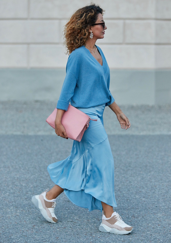How to Master Color Clashing, According to the Street Style Set