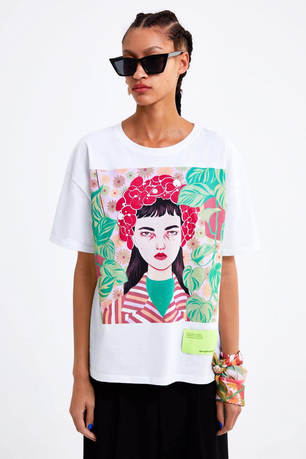 21 Graphic Tees That Go With Everything - theFashionSpot