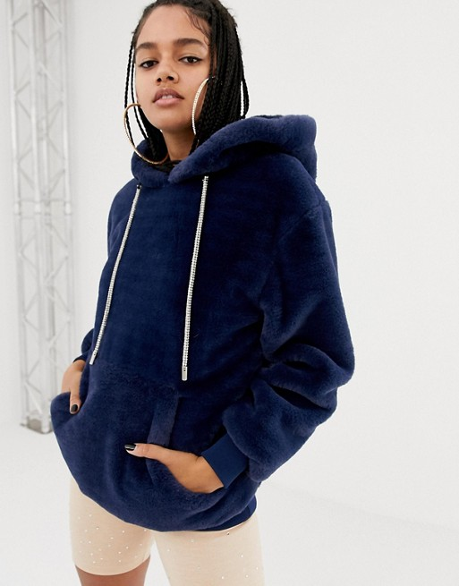 478f39c331e 20 Hoodies to Layer Like a Street Style Star - theFashionSpot
