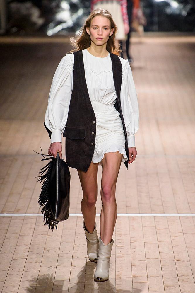 isabel-marant-fall-2018-runway-white-blouse-dress-vest-cowboy-boots.jpg (666×1000)