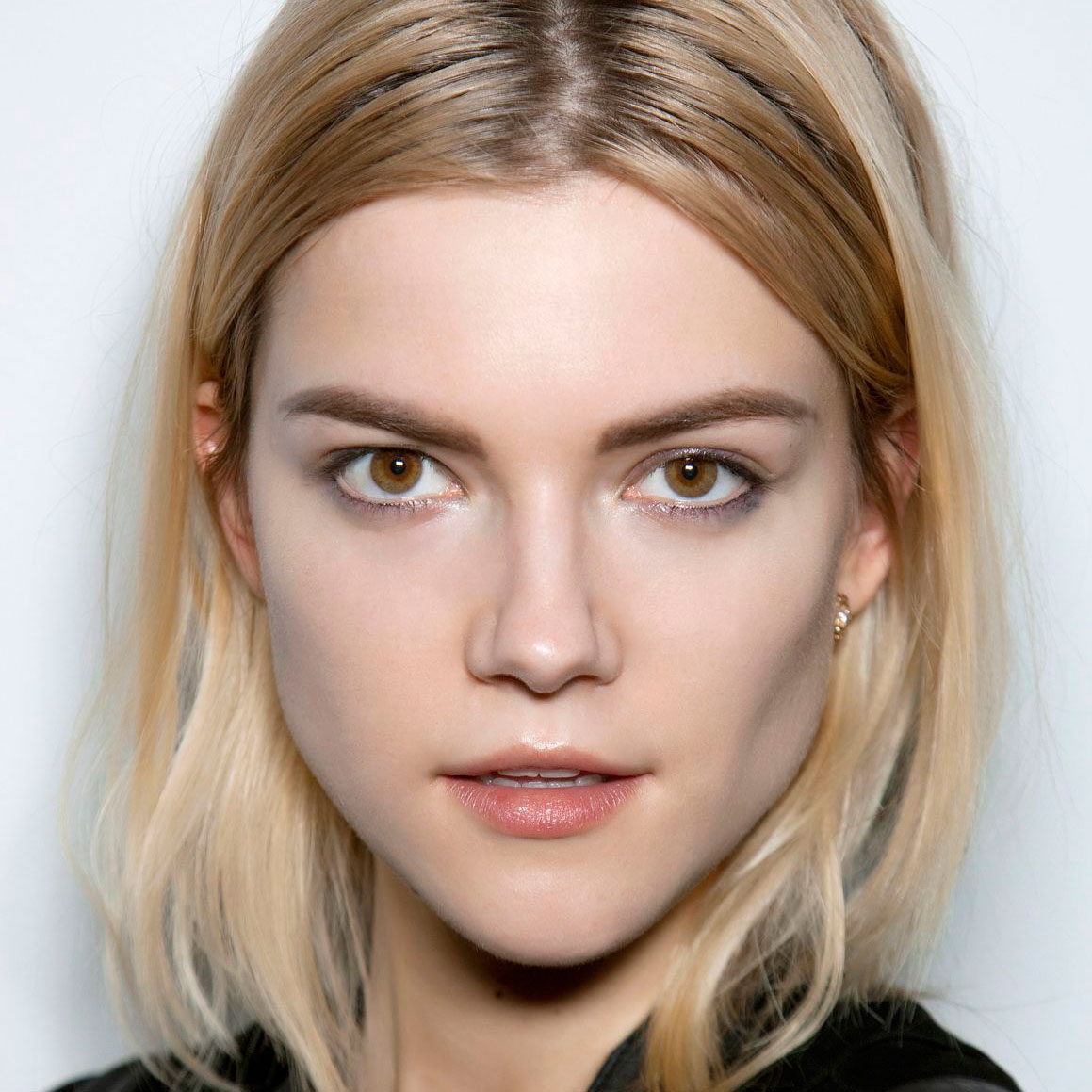 hair color tips: how to hide your roots between salon appointments