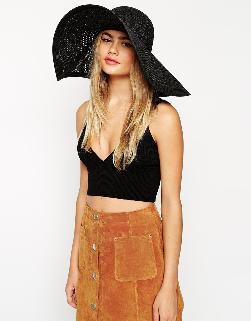 11 Chic Kentucky Derby Hats to Buy Now - theFashionSpot 4bd7ab446aa