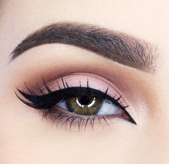 Eyeliner Ideas 8 Alternatives To Cat Eye Makeup Thefashionspot