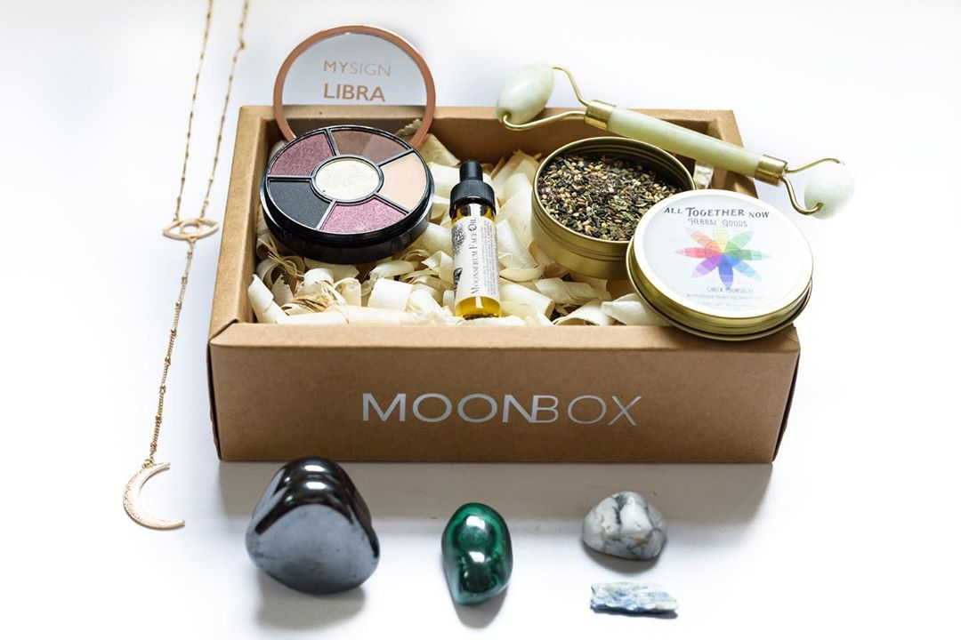 MoonBox