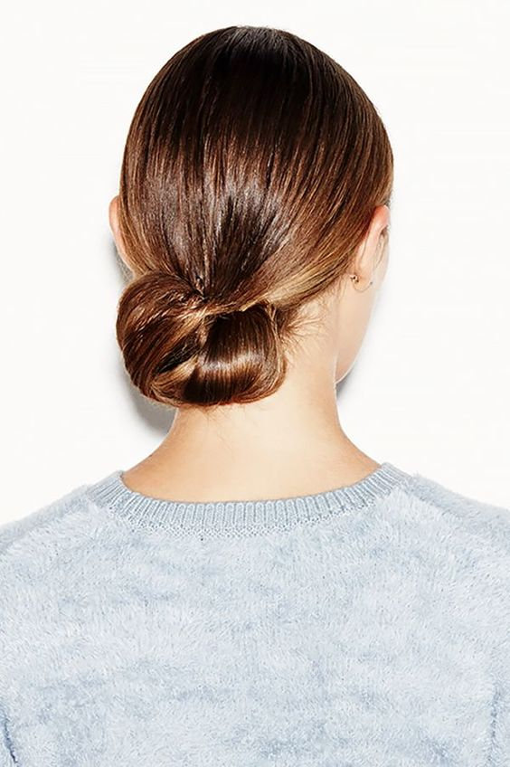 20 Super Easy Updos For Beginners Thefashionspot