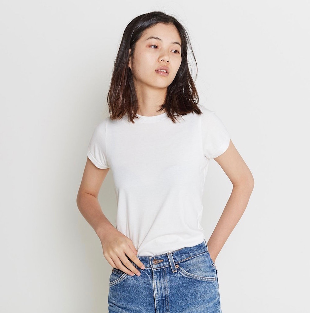 2bc35902c6 12 Best White T-Shirts to Wear With Everything - theFashionSpot