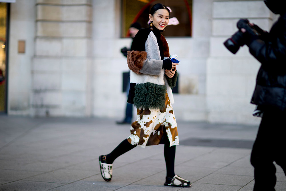 4d3a478336d8 Street Style  The Women of Men s Fashion Week Fall 2017 - theFashionSpot