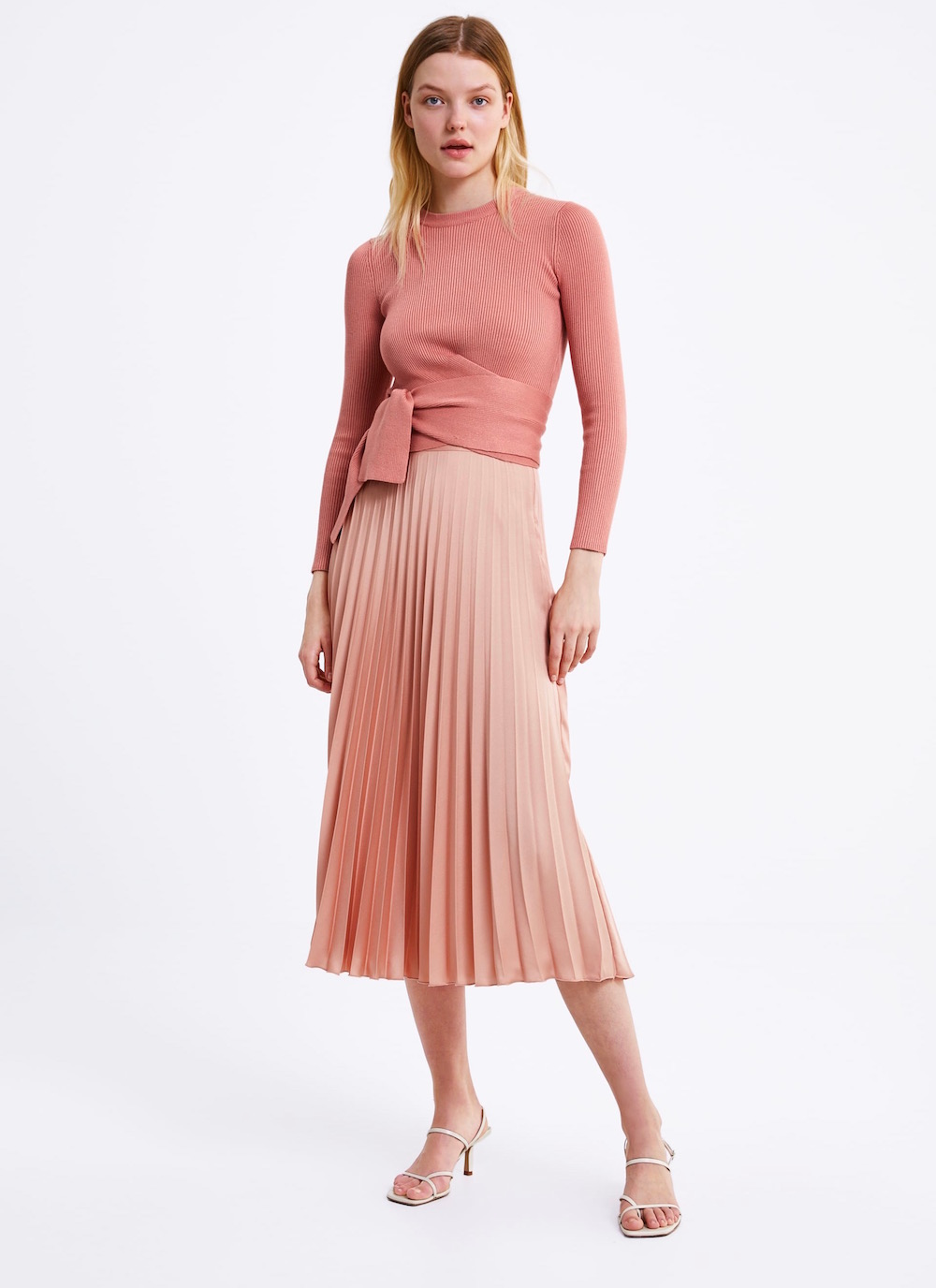 7d3185000163 The Best Tricks We're Stealing From Zara Styling for Spring ...